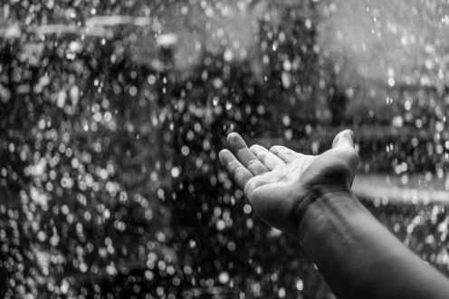 feel-the-rain